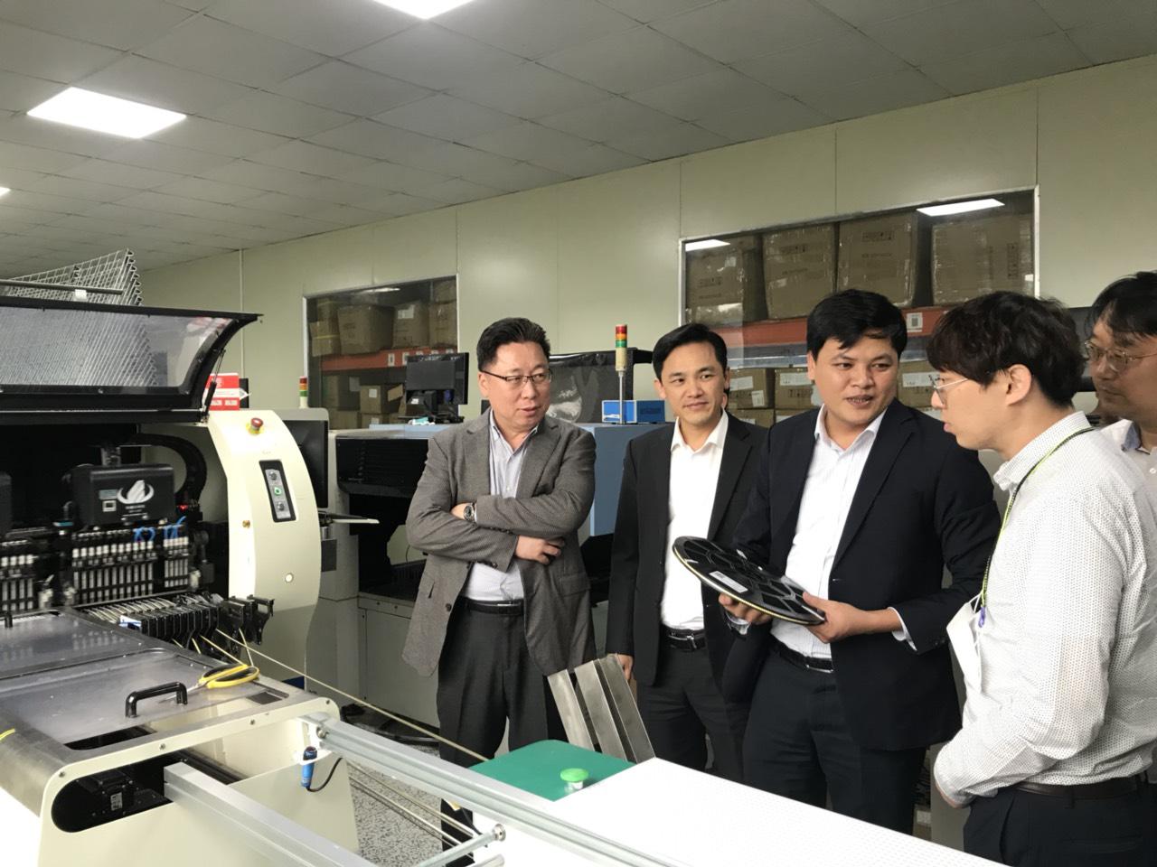 Phân xưởng SMT - Tái tim công nghệ sản xuất đèn led cao cấp